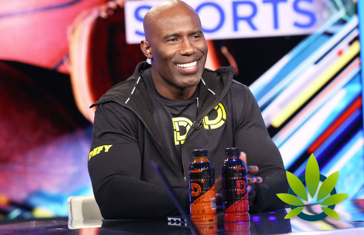 Former-NFL-Running-Back-Terrell-Davis-CBD-is-Good-for-Pain-Management
